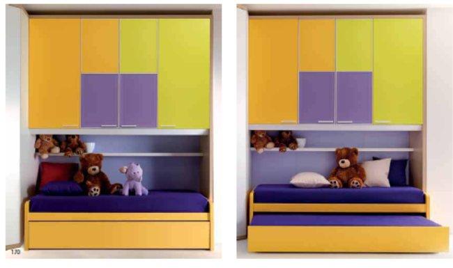 Cameretta per bambini a ponte con cabina armadio