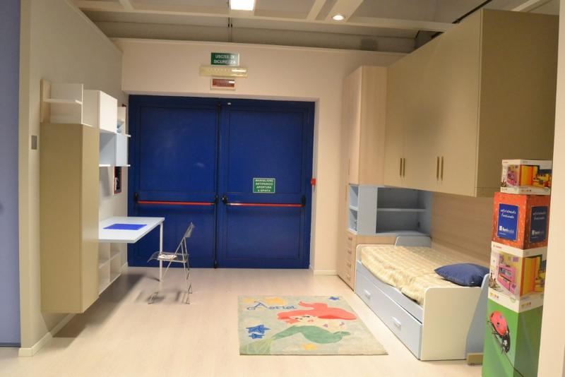 Centro dell 39 arredamento di savona le camerette in liguria - Ferri mobili flexa ...