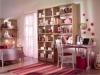 Dettaglio libreria con zona studio