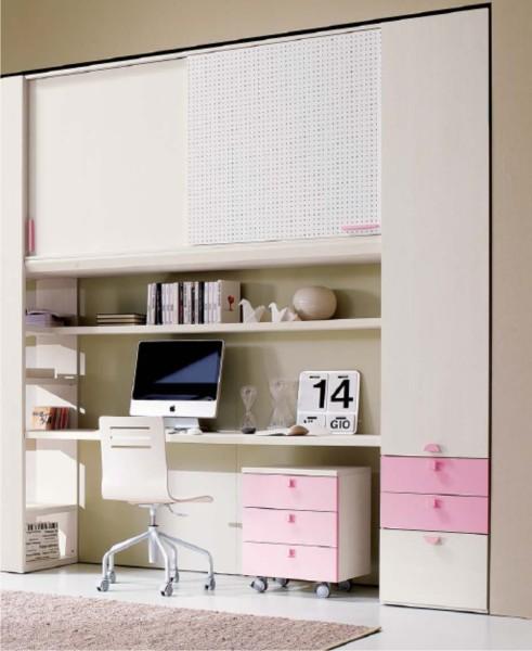 scrivania con cassettiera