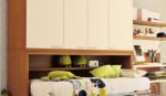 cameretta letto singolo a ribalta orizzontale con armadio e zona studio