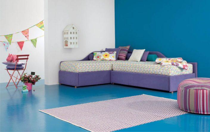 due divani tessili ad angolo maya