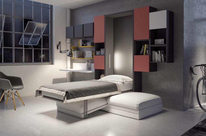 Il letto cade in verticale