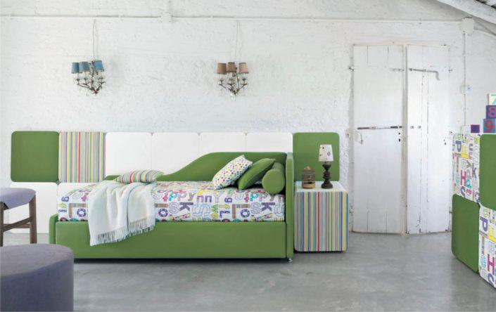 letto sagomato verde